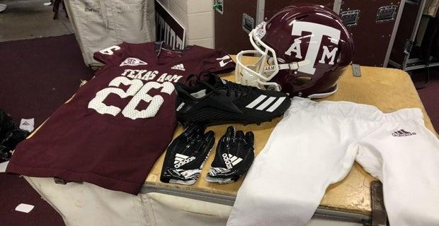 super popular de582 83806 A closer look at Texas A&M's 1998 throwback uniforms