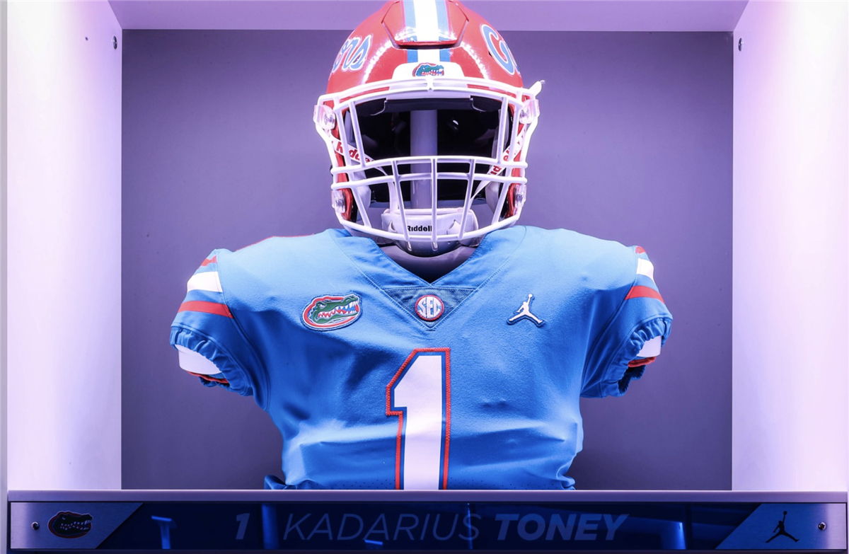 pretty nice 1a091 98768 Florida reveals uniform combo vs Tennessee