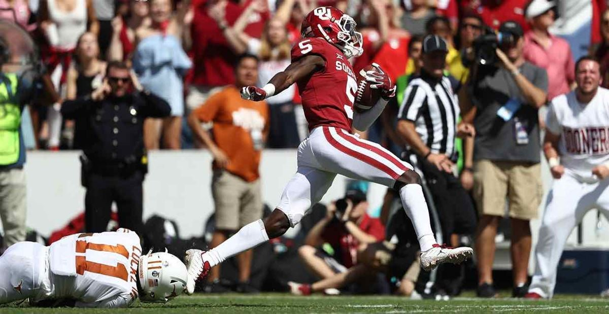 5eb010a0f Marquise Brown declares for NFL Draft