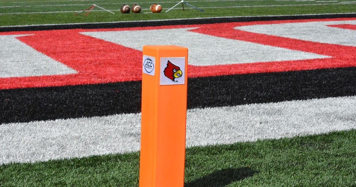 Game Preview: Louisville hosts No. 3 Clemson