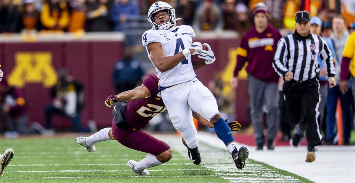 Penn State fans honor Brown as Player of the Minnesota Game