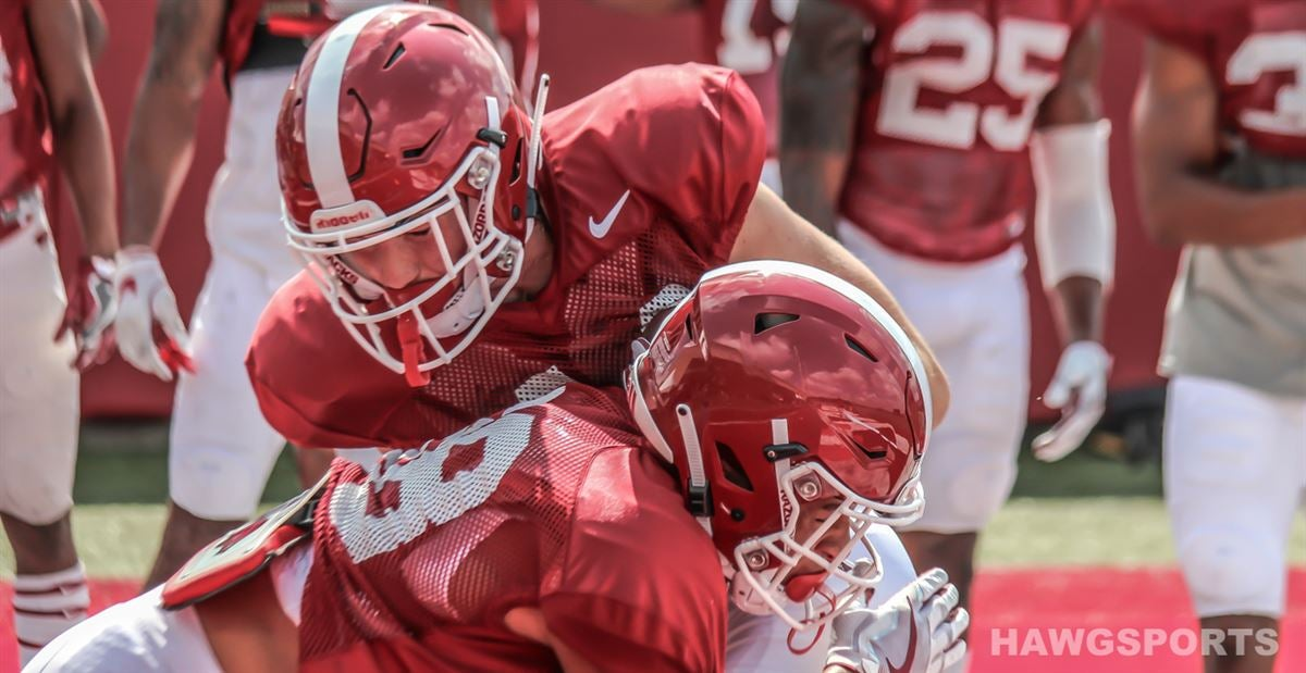 Top 10 takeaways from first scrimmage of Razorback fall camp