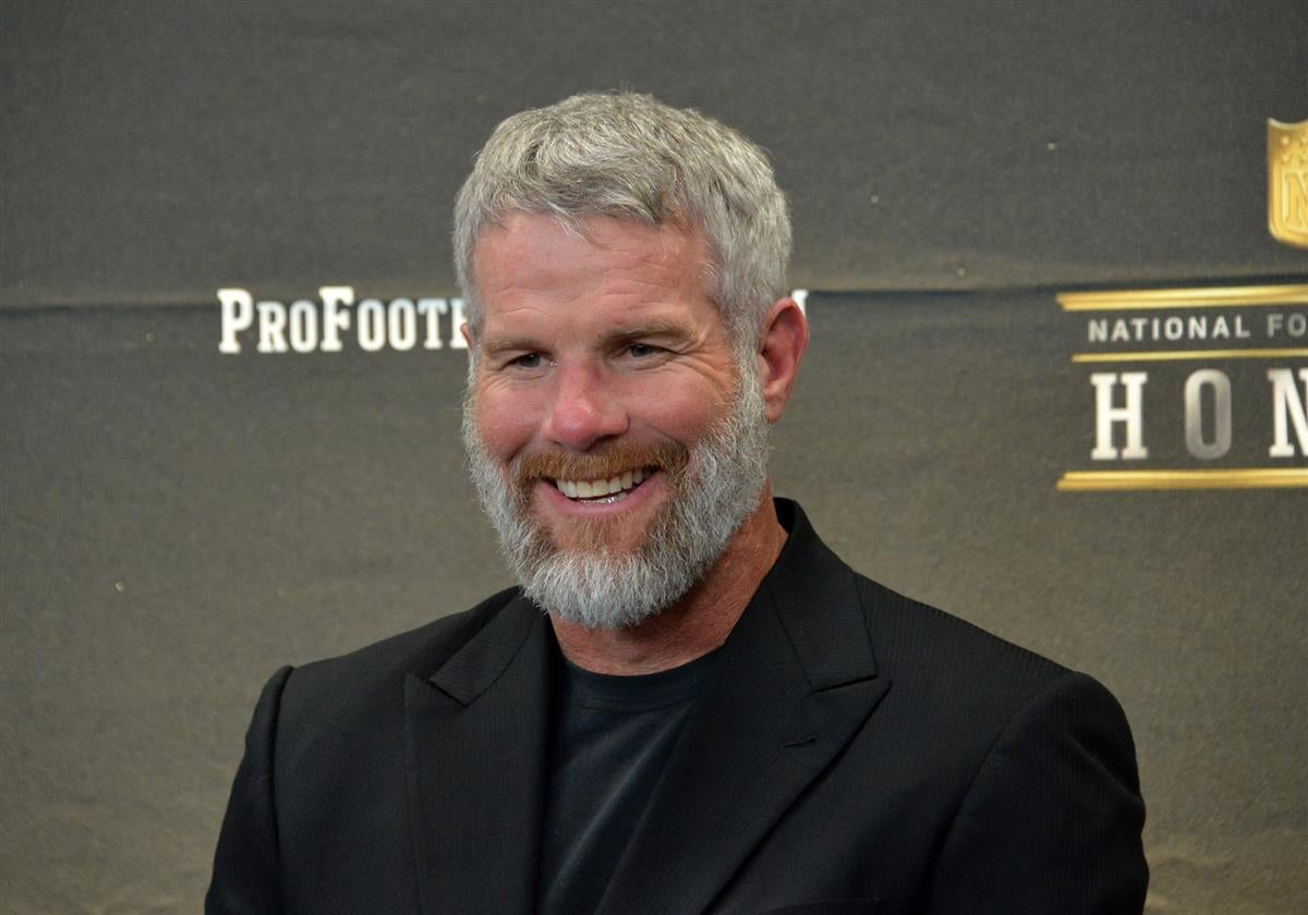 brett favre to appear on jon gruden s qb camp