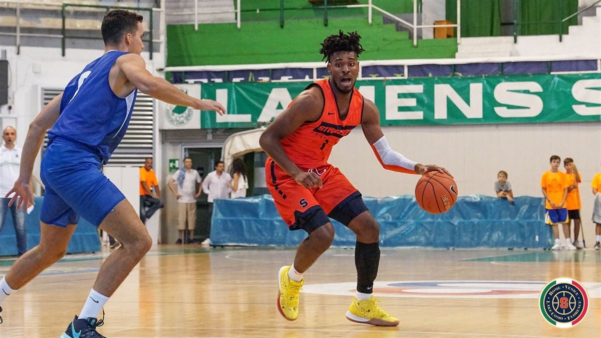 Syracuse Improves to 3-0 on Italy Trip with Blowout Victory