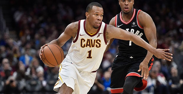 Report: Cavs' last two roster spots reserved for Hood and Nwaba