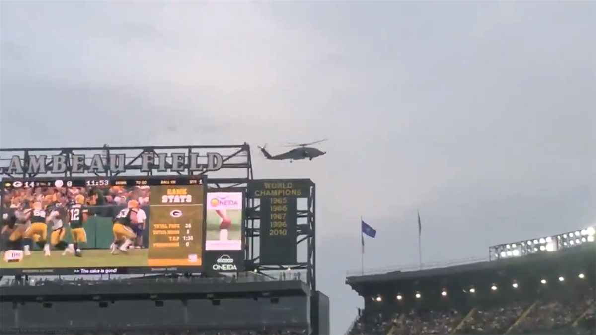 Packers investigating helicopters' flyby at Lambeau Field