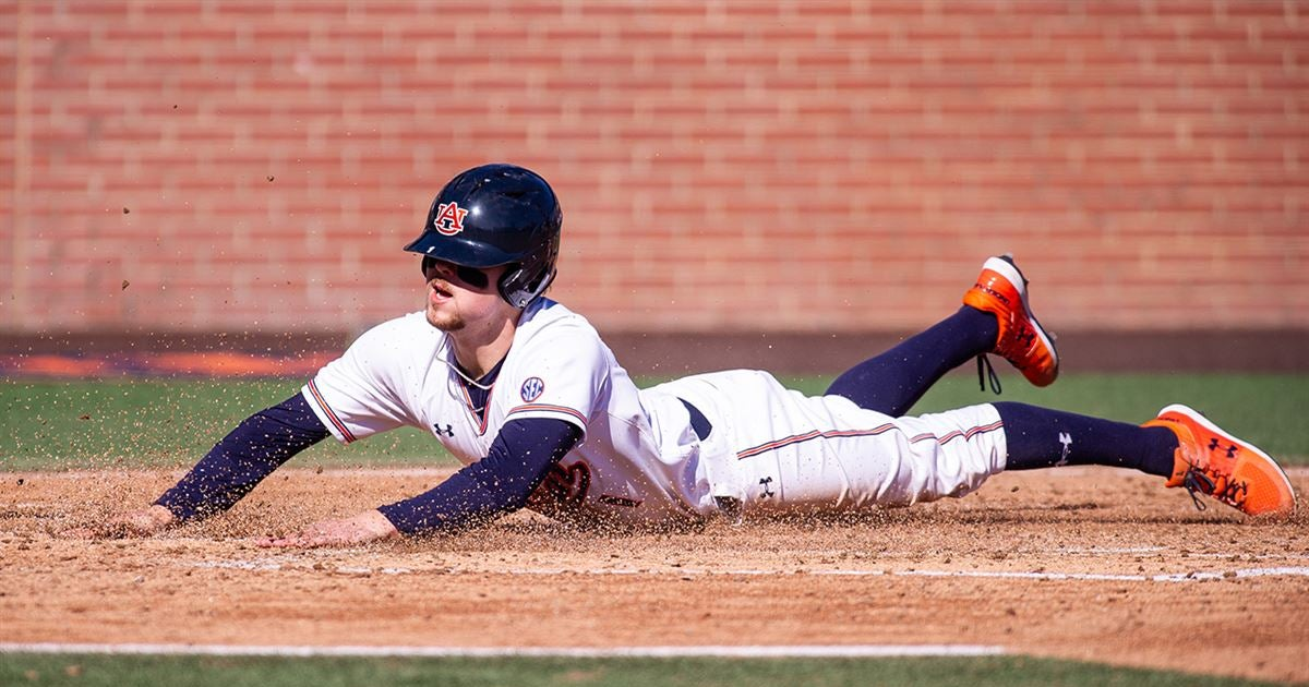 Ward hits for the cycle as Auburn blasts UIC 18-1 to open DH