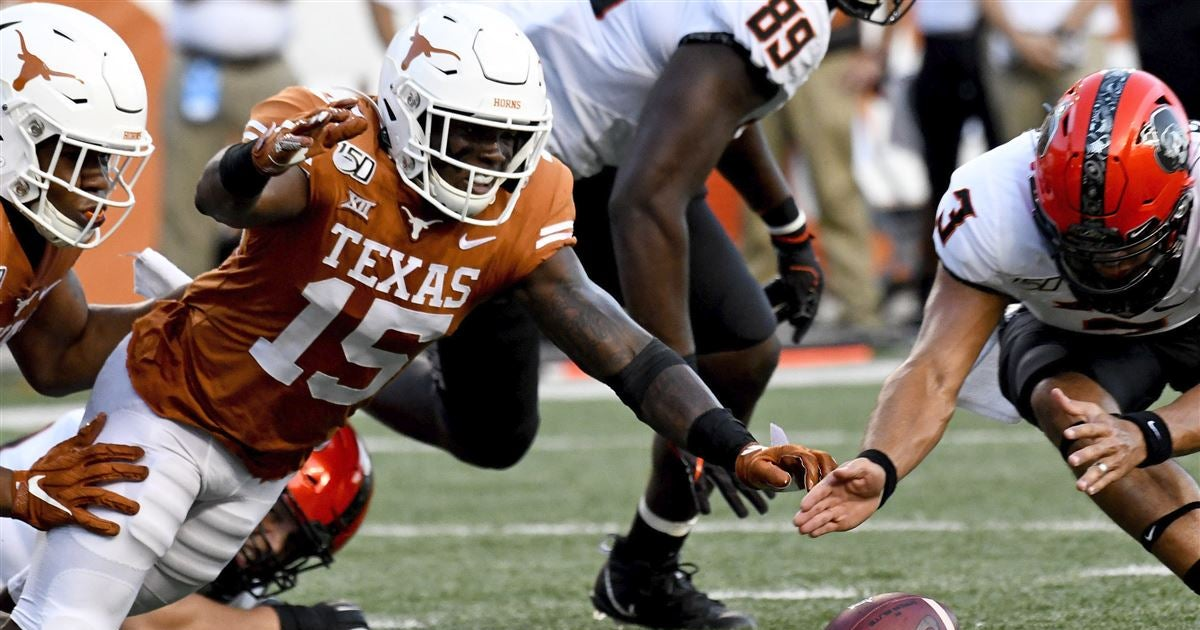 Texas defense takes another hit with Chris Brown's injury