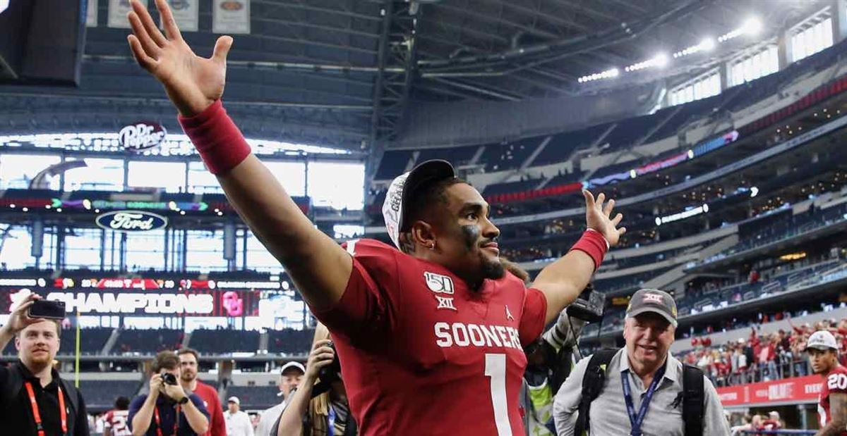 Jalen Hurts states his case for the NFL at Senior Bowl