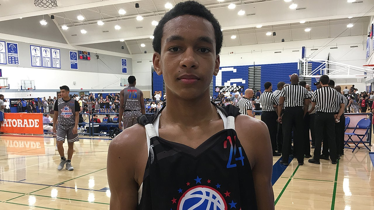 Hoops Recruiting: Four-star 2019 PG talks final three, timetable