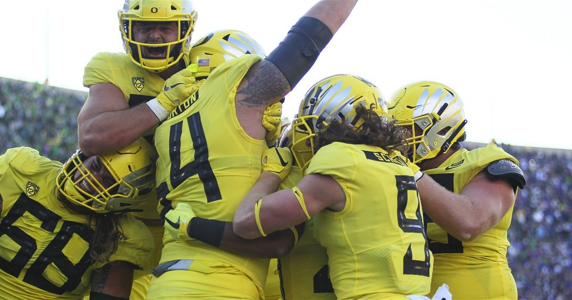 Next man up for Oregon after Penei Sewell injury