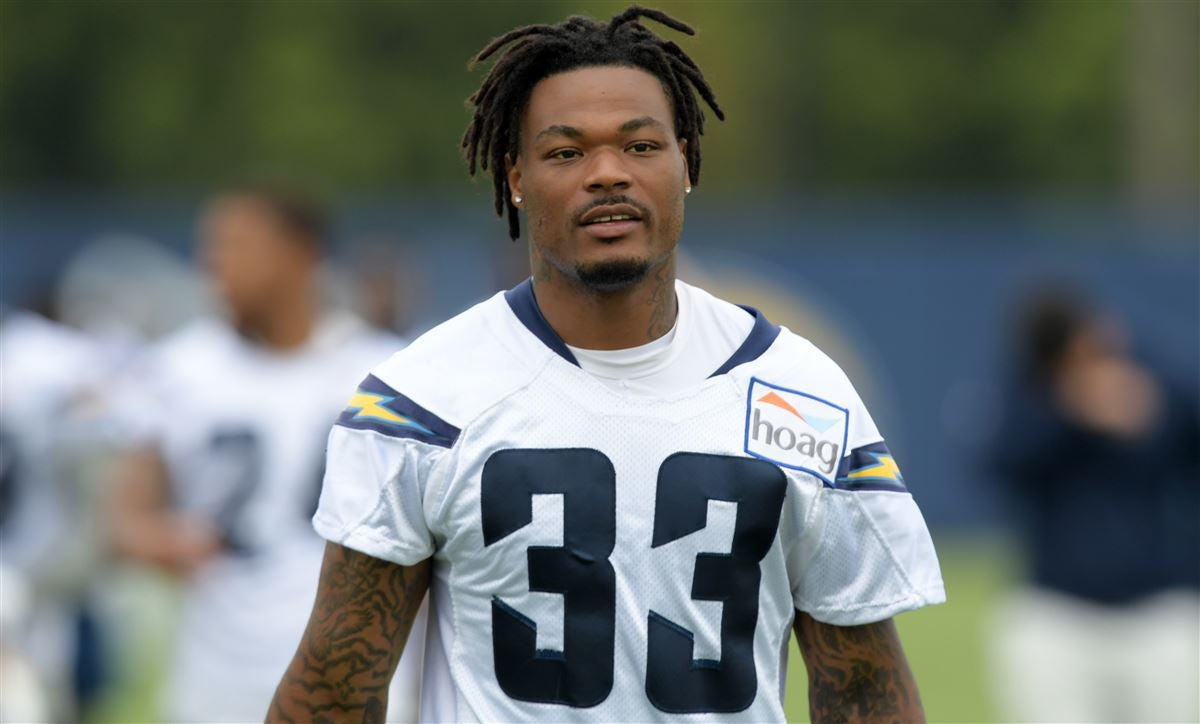 Derwin James out indefinitely after suffering broken foot