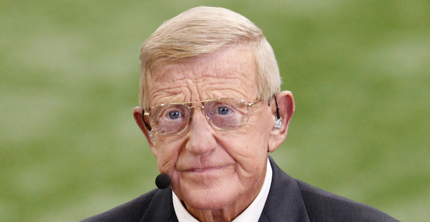 Lou Holtz involved in car accident