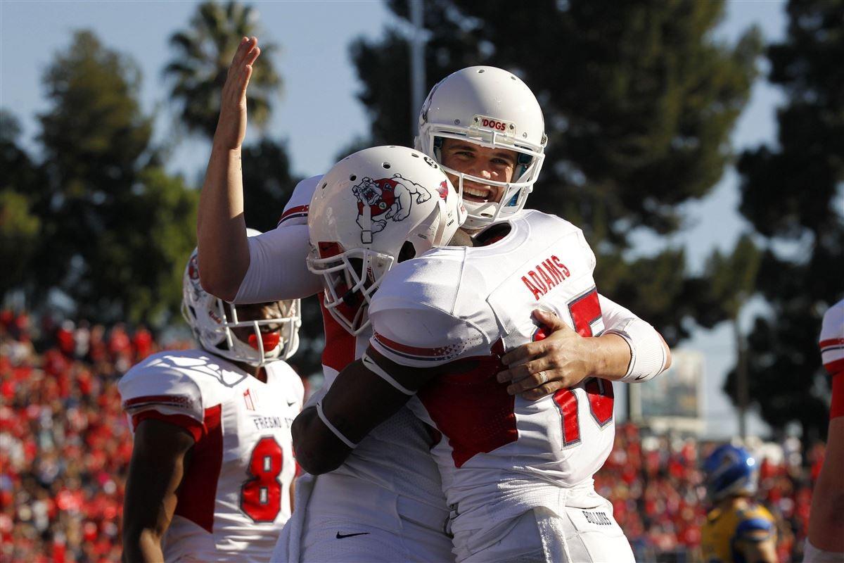 Derek Carr congratulates Fresno State teammate Davante Adams