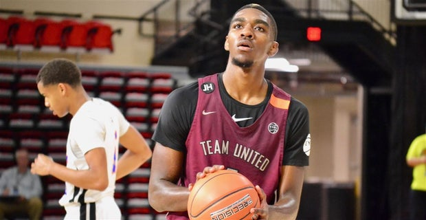 The best small forwards in college basketball for 2019-20