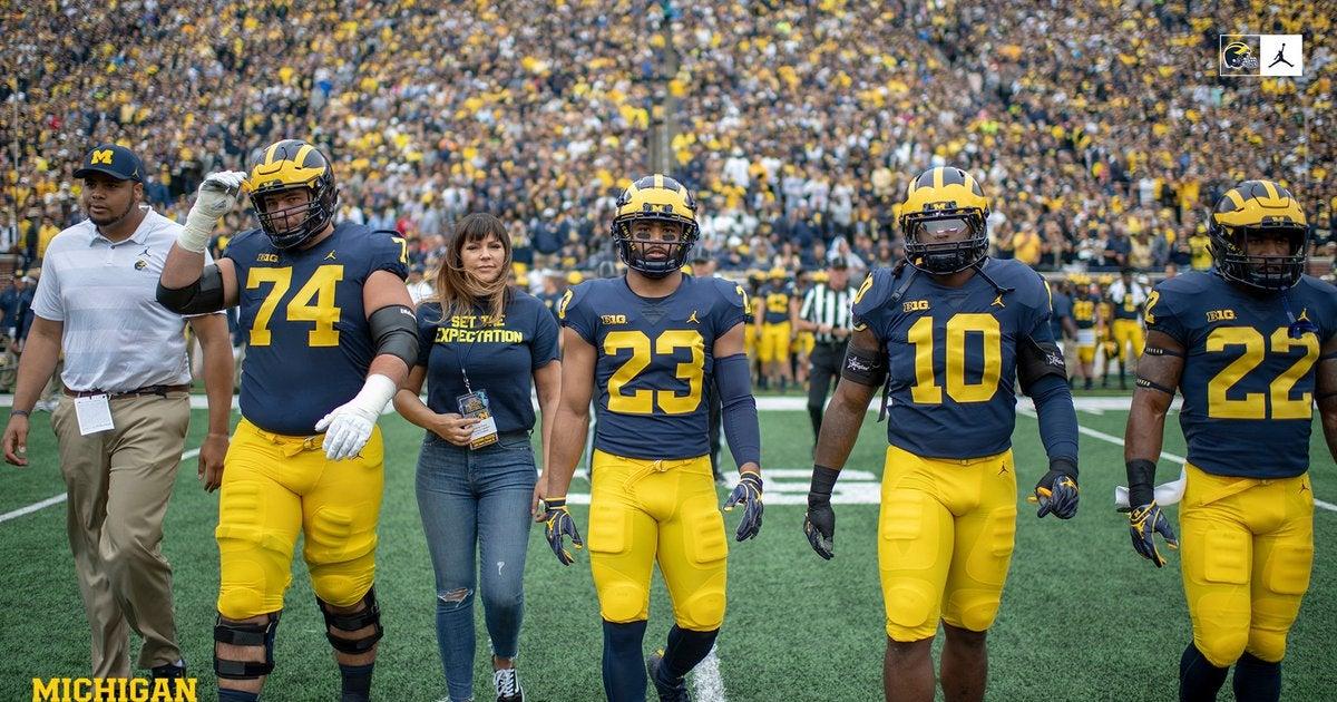 'Amazing' Brenda Tracy serves as Michigan's honorary captain