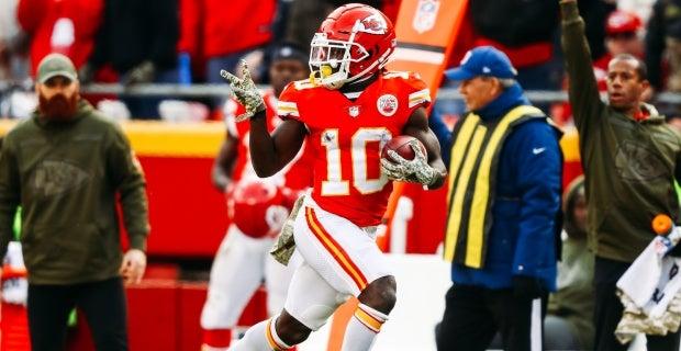fda89a1edcf Chiefs vs. Rams expert predictions  Close call expected