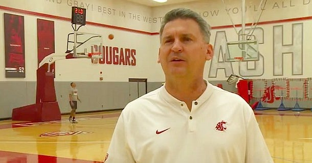 WSU hoops: Kyle Smith draws on old CouGreats to reward players