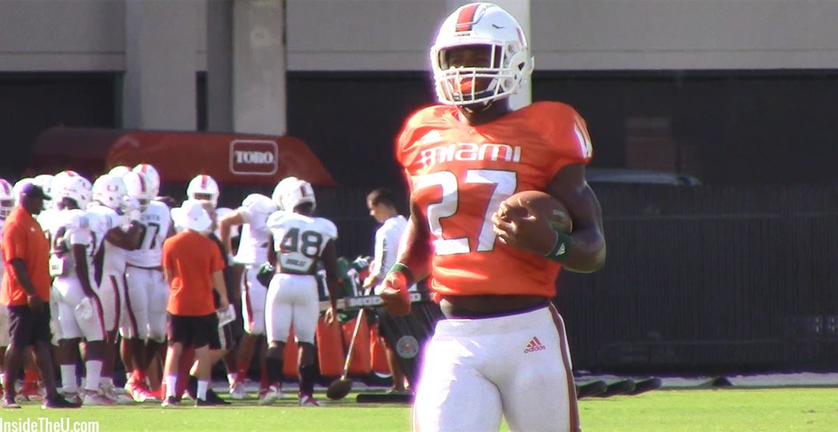 VIDEO: RB Lorenzo Lingard on scout team before B-CU game