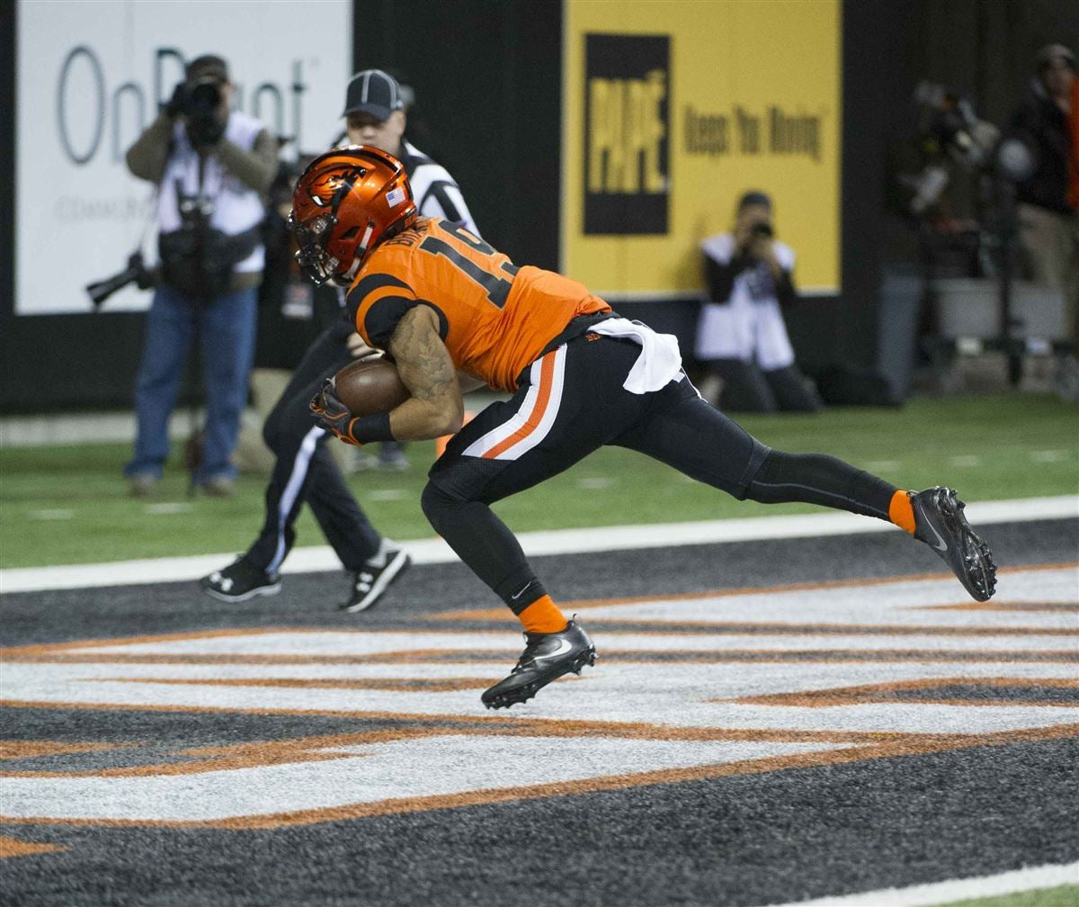 Oregon State offense starts week three looking for consistency