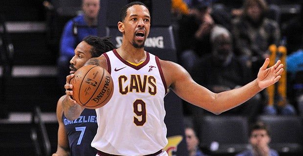 sports shoes 4e6d7 05eae Cleveland Cavaliers pay tribute to Channing Frye