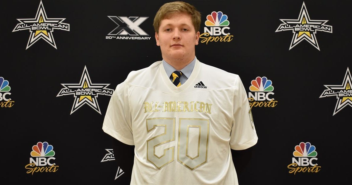 Wisconsin commit Trey Wedig awarded All-American jersey