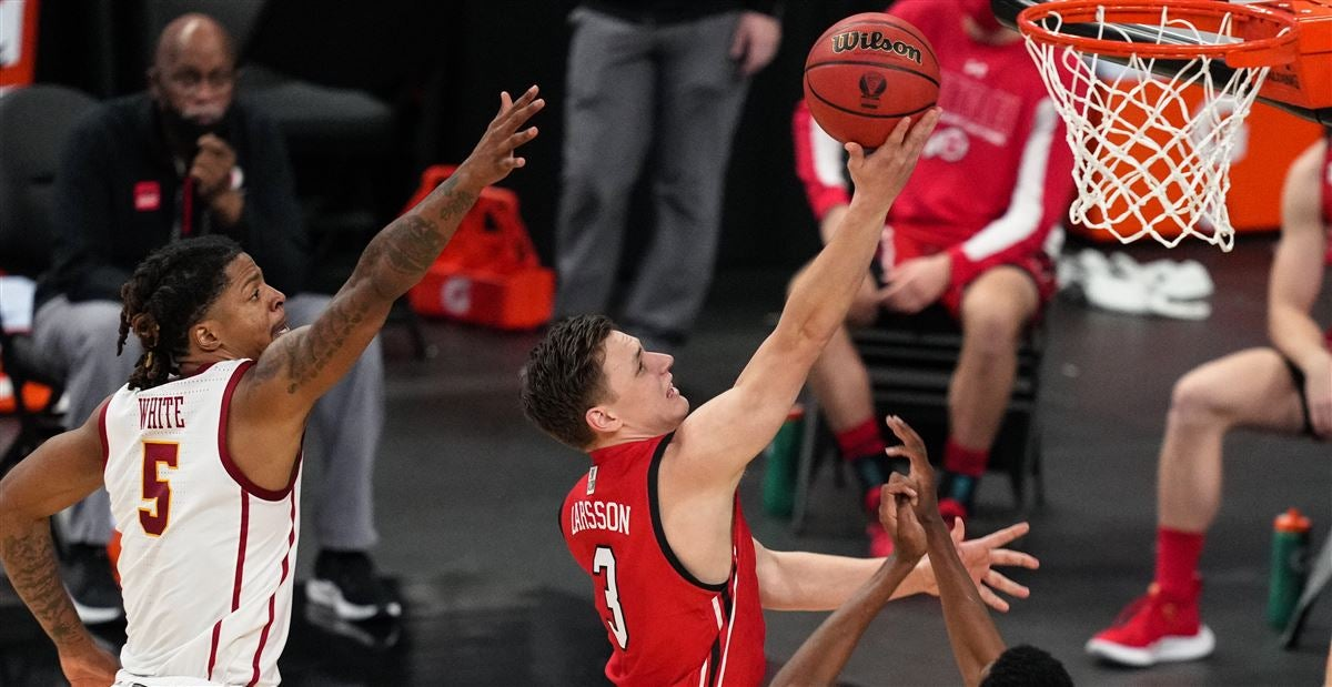 Utah basketball's Pelle Larsson to enter the transfer portal