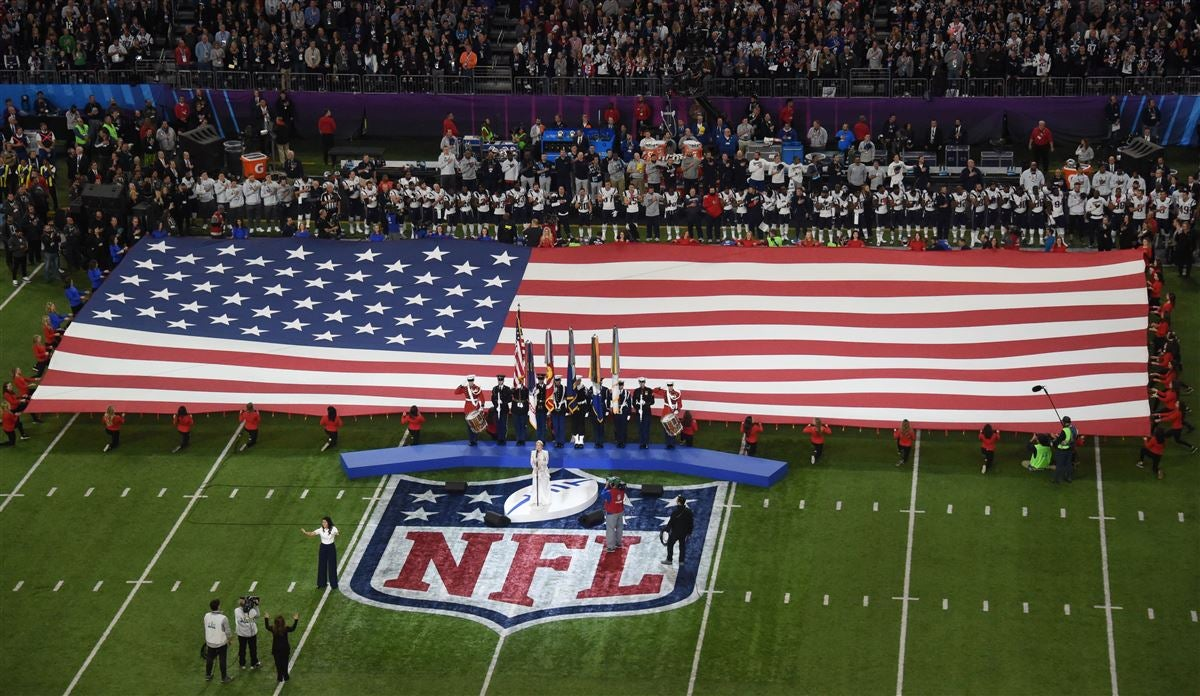 All Falcons players stand for national anthem before Chiefs game