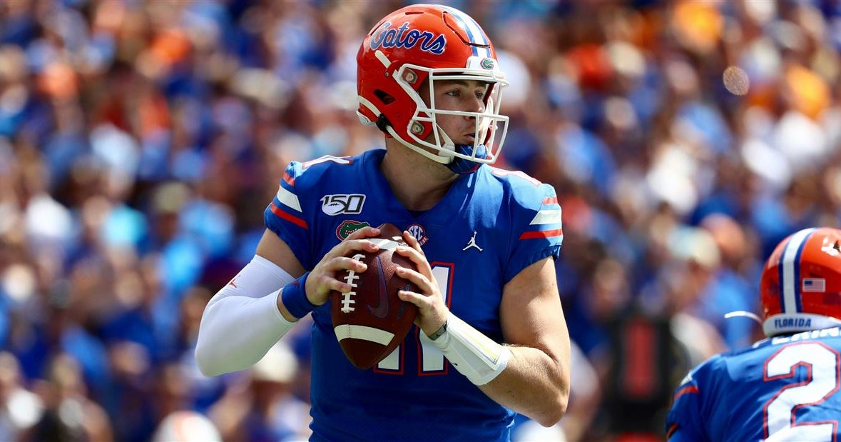 Yahoo Sports ranks college football's Top 25 QBs