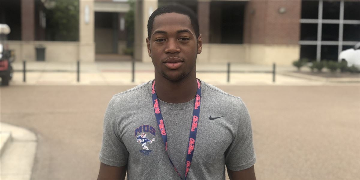 Hogs making strong impression on CB Devonte Nelson