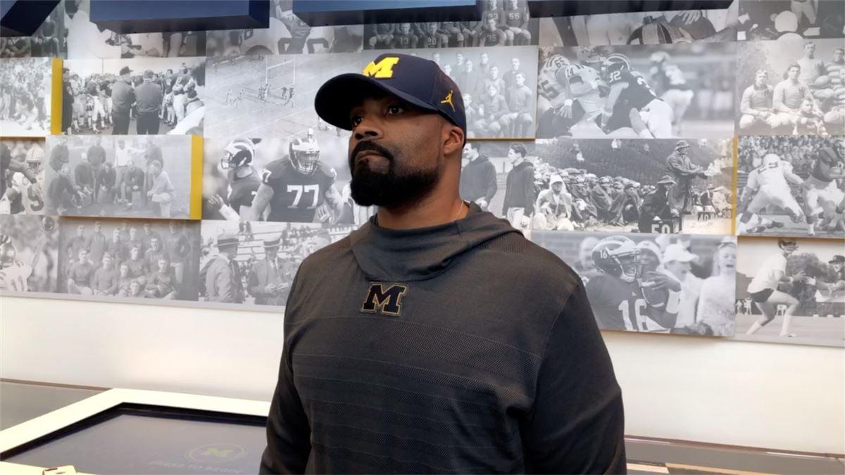 al washington, linebackers coach (fb), ohio state buckeyes8833650 Red Shirts Star Trek #4