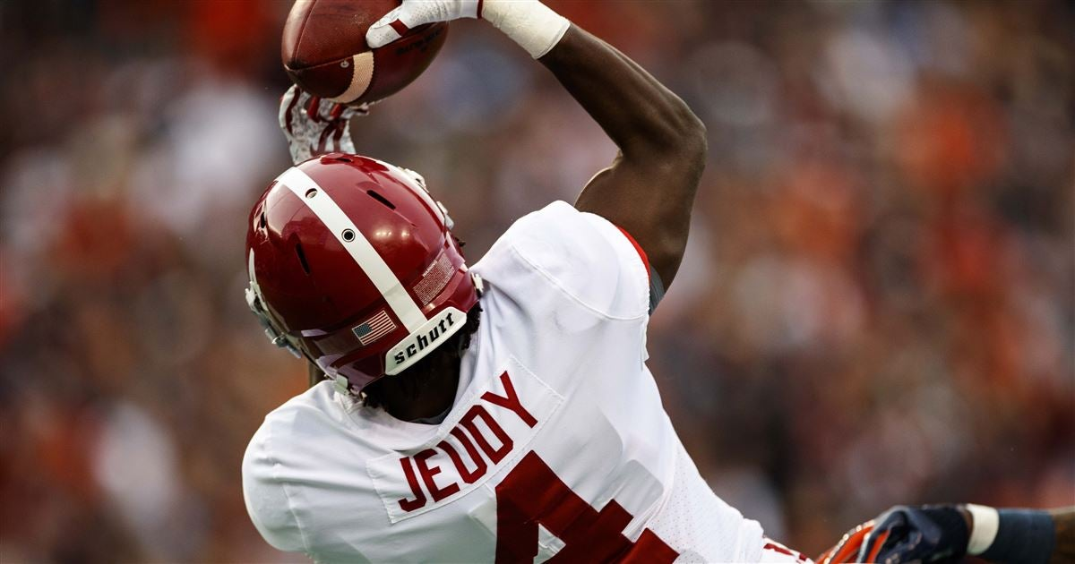 Although it was a loss, six Alabama players earned recognition from Tide coaches for play vs. Auburn