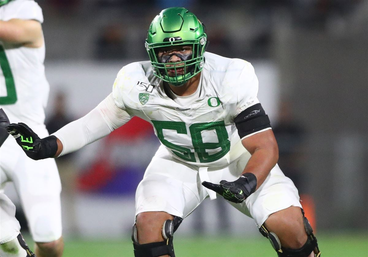Penei Sewell signs with agent after opting-out of CFB season