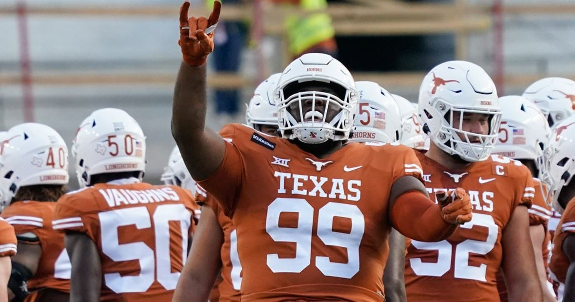 CBS Sports analyst picks Texas as likely 2021 College Football Playoff contender