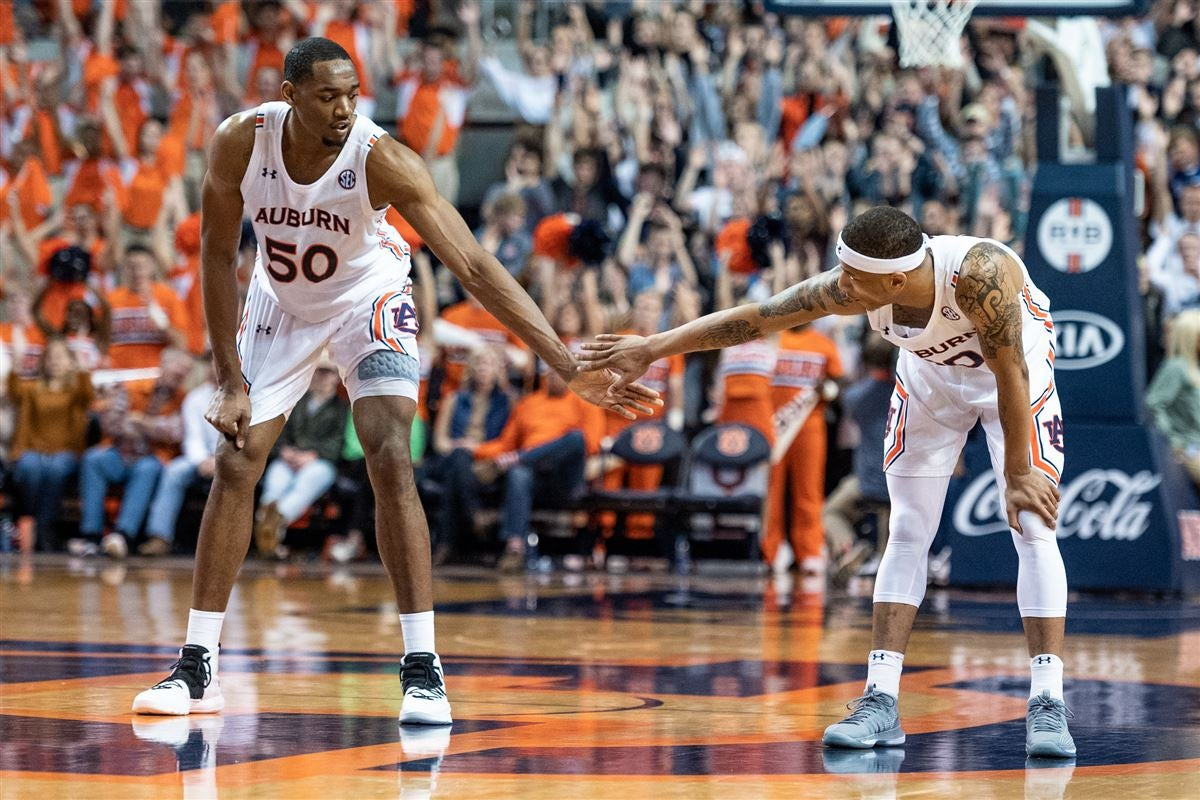 Auburn Counting On Defense In Matchup Vs High Scoring Tide
