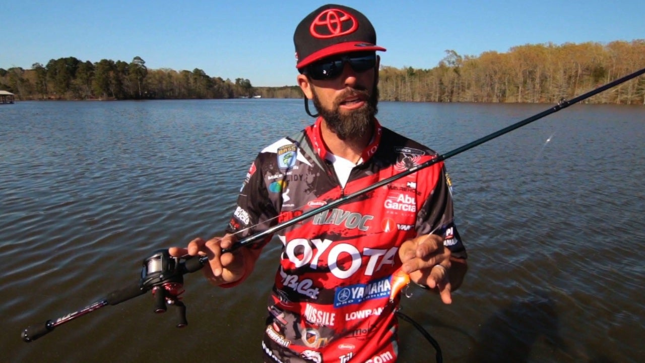 How to Fish Crankbaits Through the Grass for Bass
