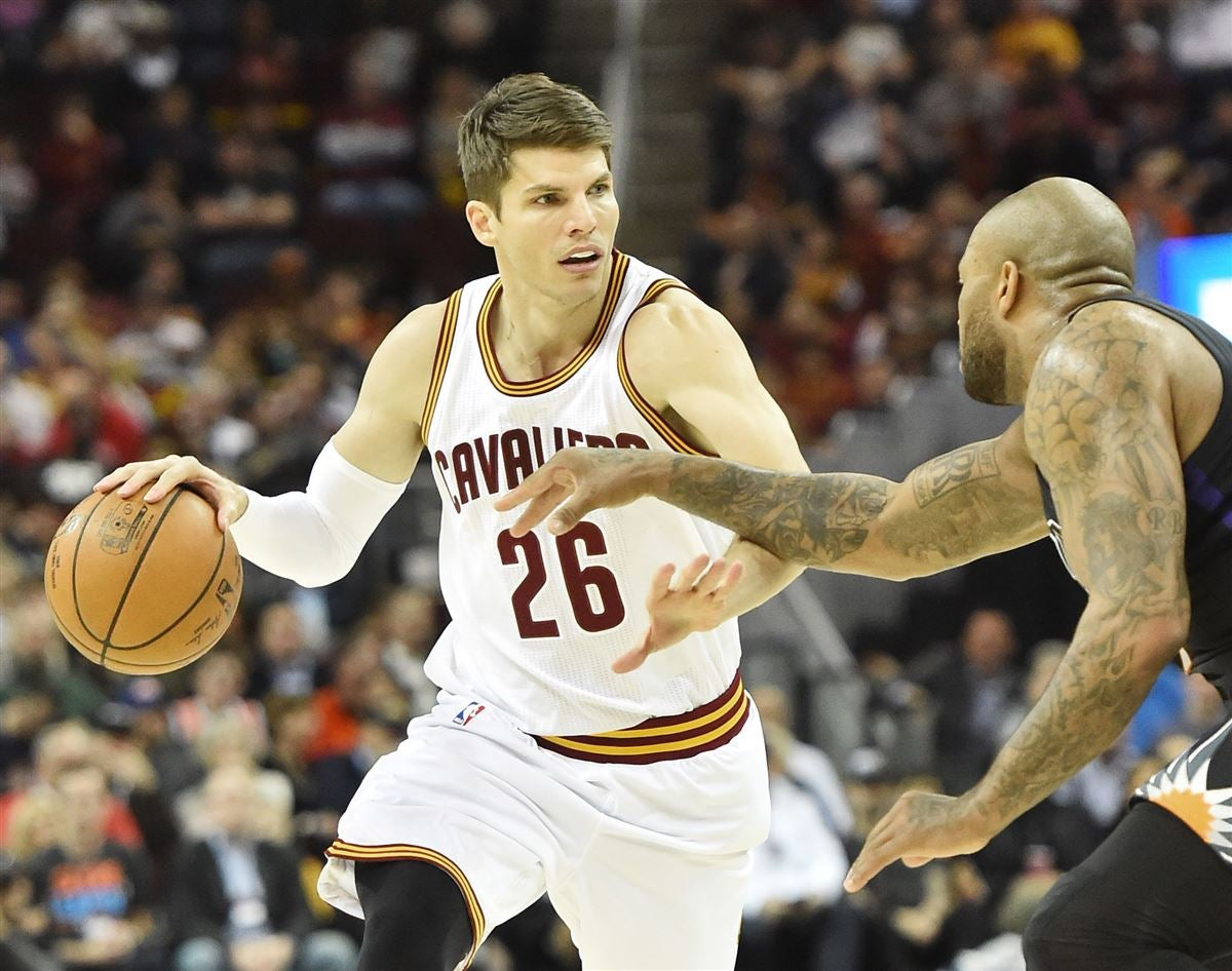 8b3b9b279 Report  Celtics targeting Kyle Korver through trade