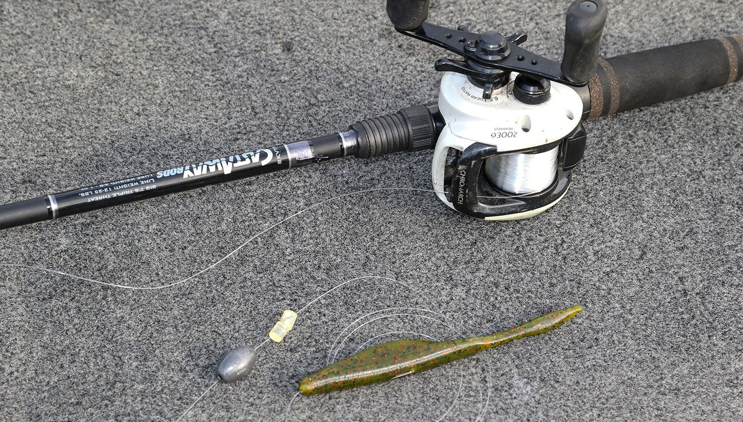 One trick to make carolina rig fishing simple for A rig fishing