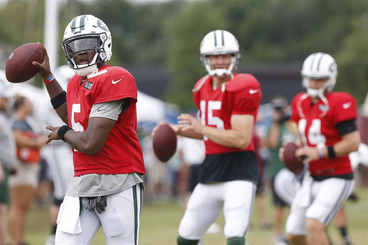 Predicting the snap count for all three Jets Quarterbacks