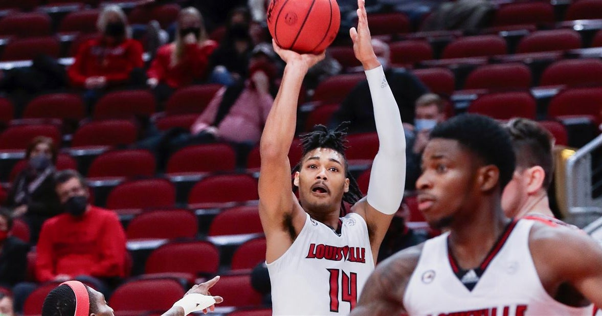 Louisville's Dre Davis 'does not play like a freshman'