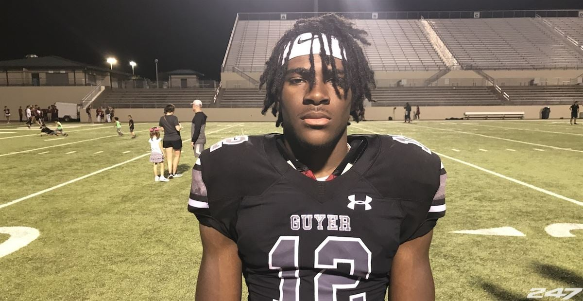 Harmon soaks in return trip to Texas A&M, bonds with commits