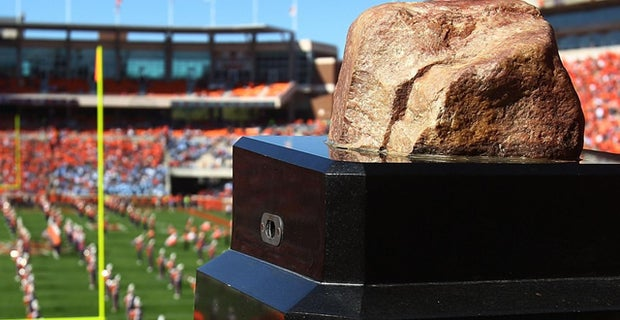 Verdict Handed Down In Howard S Rock Case Former clemson coach frank howard, the sainted patriarch of the program and the namesake of the tigers tradition surrounding howard's rock, played his college football at alabama. verdict handed down in howard s rock case