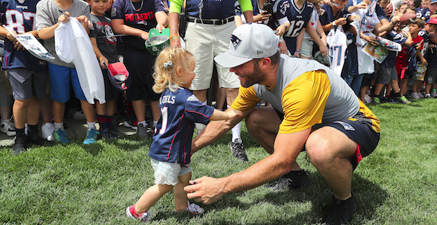 Julian Edelman says how much sweeter playoff run is being a dad