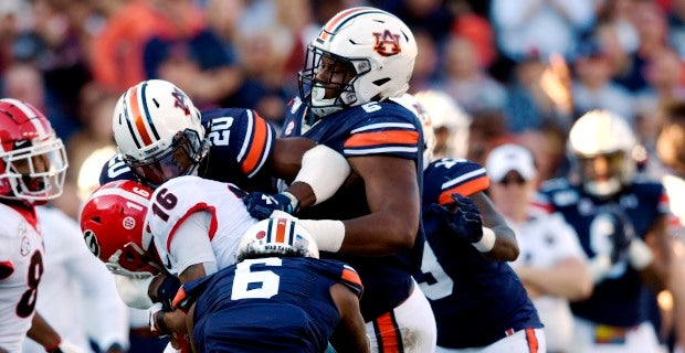 Auburn Defenders Deal With Bitter Defeat