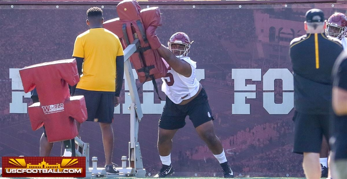 LOOK: USC's new 2018 class additions at fall training camp