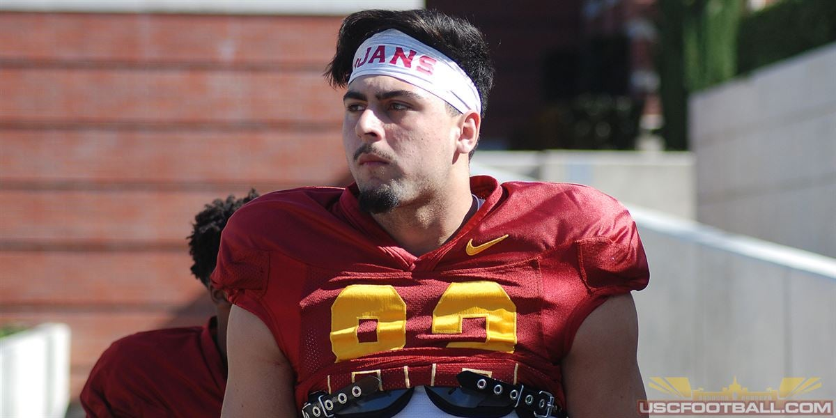Potential debut for freshman TE Wolfe against No. 9 Notre Dame