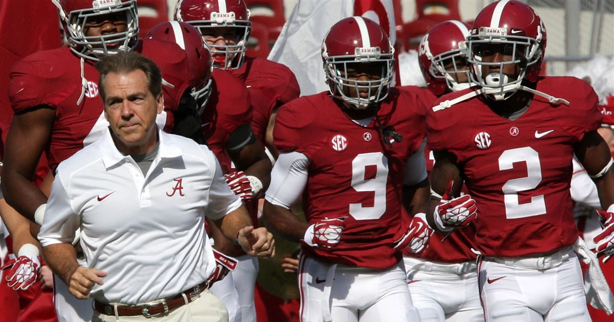 Assessing the path for CFB's 16 remaining unbeaten teams