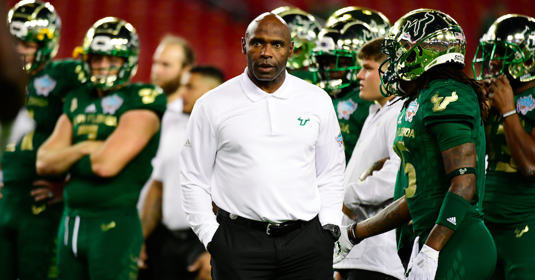Jeers for Charlie Strong resonate after USF loss