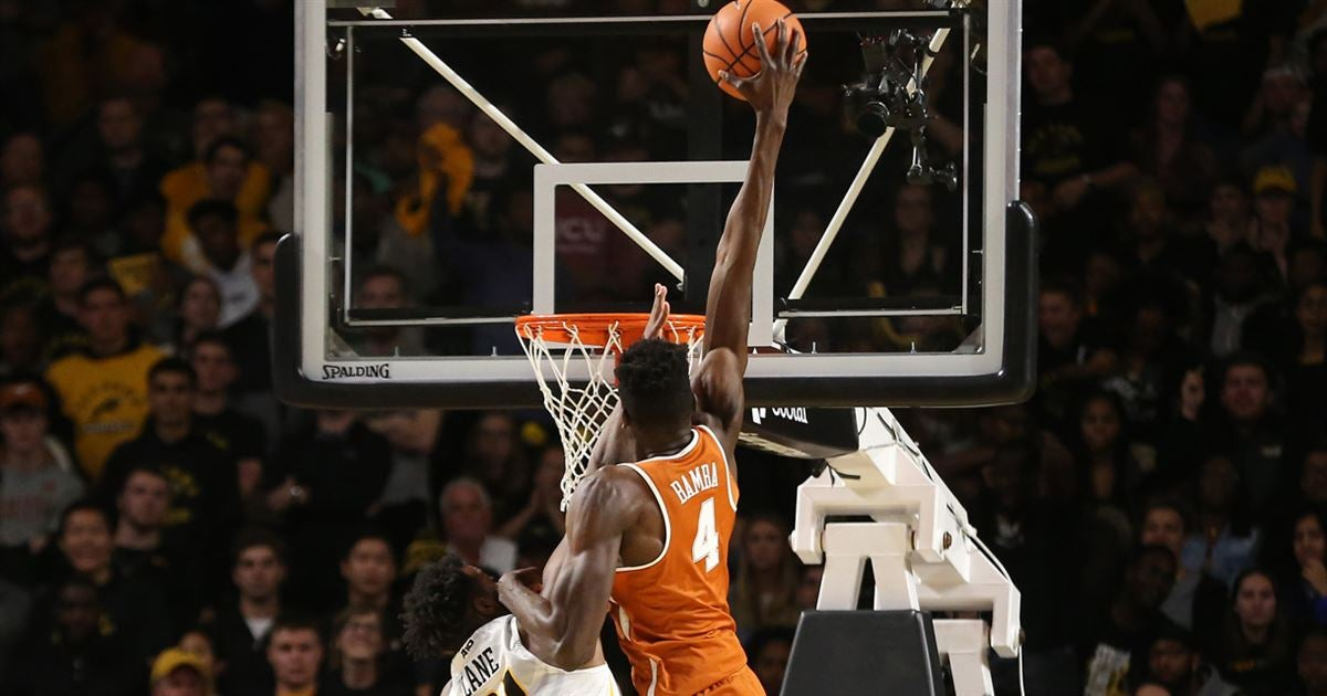 Highlights from Texas Longhorns' 71-67 win over Shaka ...