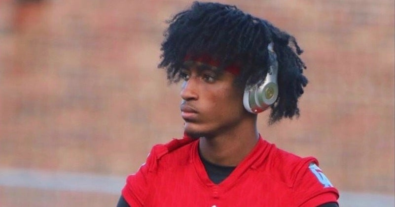 Louisville's recruiting pitch 'different' for QB TJ Lewis